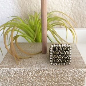 Statement boho square right with stretchy band
